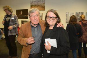 Eckhardt Barthel vom Kulturforum mit Monika Paulick von camera D. Foto: Ulrich Horb