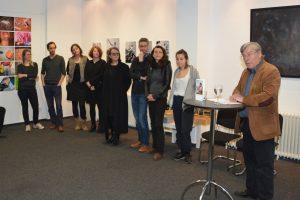 Die Fotografinnen und Fotografen von Camera D mit Eckhardt Barthel. Foto: Ulrich Horb