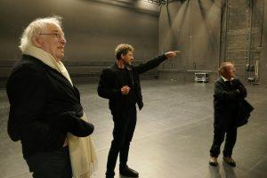 Führung durch das HAU 2 mit Robert Gather. Foto: Ulrich Horb